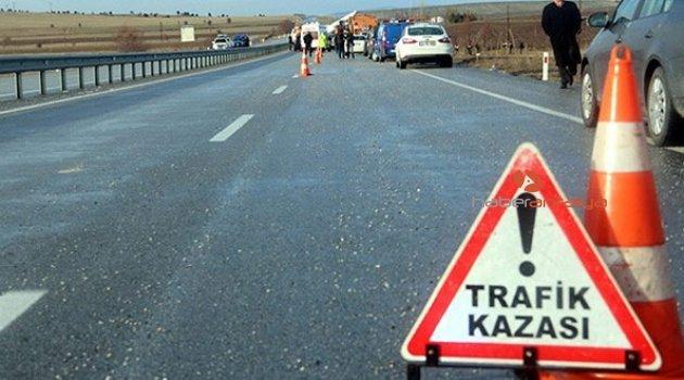 Feci kaza: Motosiklet devrildi, üzerindeki 1 kişi öldü, 2 kişi yaralandı