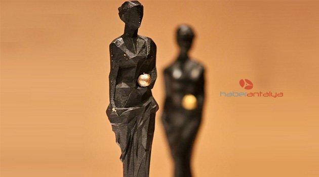 Film Festivali'ne Euro ve lira ödülü