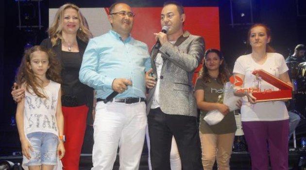 Finike'de Serdar Ortaç konseri