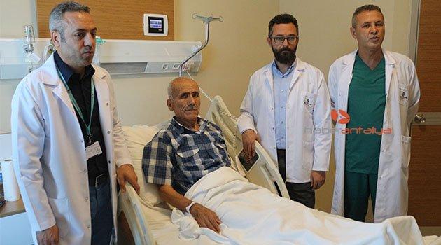 Hastaya deprem etkisi hissettiren dev damar kapatıldı