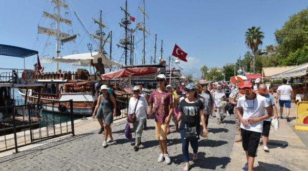 Özel çocuklar, Akdeniz keyfi yaşadı