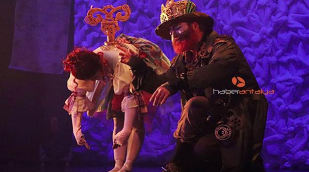 'Prof Pi Show' Antalya'da