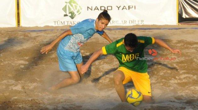 Türkiye Plaj Futbol Ligi Manavgat etabında gol yağmuru