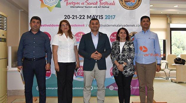 ULUSLARARASI TURİZM FESTİVALİ ALANYA'DA