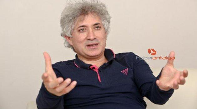 Ünlü cerrah Ömer Özkan'ın laboratuvar mücadelesi