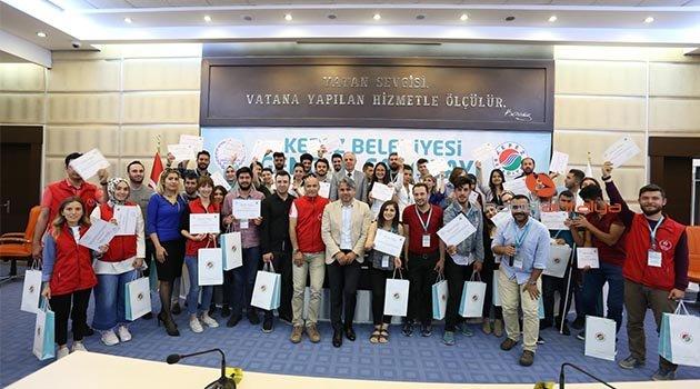'Yerel Politika Gençsiz Olmaz' Çalıştayı