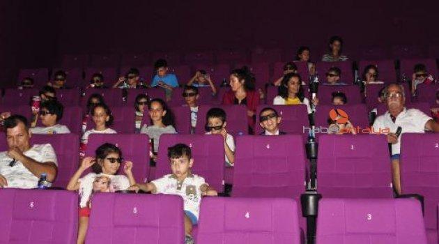 Manavgatlı çocuklar sinemada