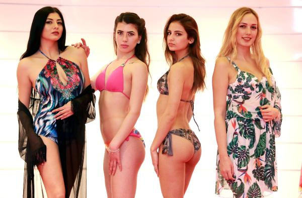 Mayo Ve Bikinide Aksesuar Modası