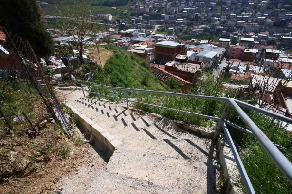 Merdivenlere Korkuluk, Dereye Köprü