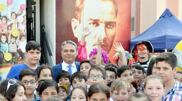 Muratpaşa'dan öğrencilere özel karnaval