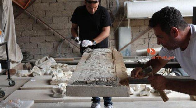Nigar Hatun'un mezarı restorasyon için dualarla açılıp kapatıldı