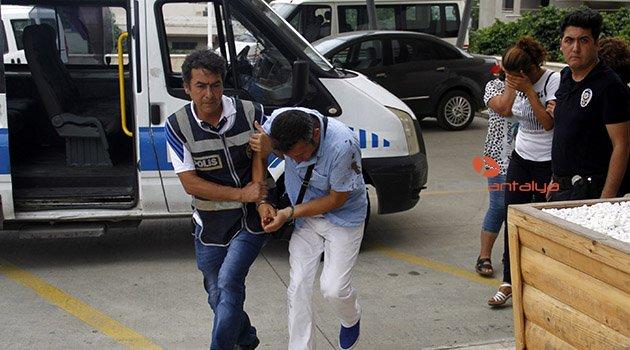 Polisi bacağından ısırıp yaraladı