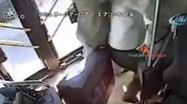 Seyir halindeyken yolcu ile kavga eden 'o' şoför konuştu