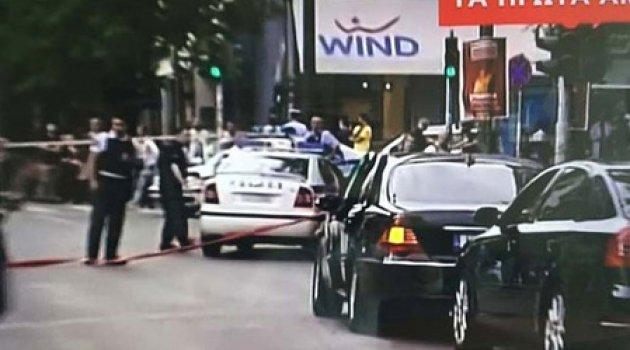 Son dakika: Yunanistan eski başbakanı bombalı saldırıda yaralandı