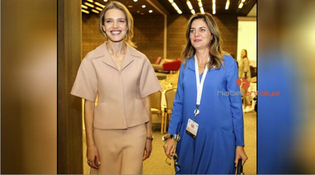 Süper model Natalya Vodyanova, kadınlar için Antalyada