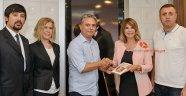 Başkan Uysal'dan kitap sürprizi