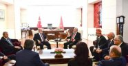 Kılıçdaroğlu, Saadet Partisi Genel Başkanı Karamollaoğlu ile görüştü