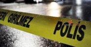 Emekli polis evinde intihar etti