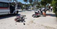 Antalya'da iki motor çarpıştı: 2 yaralı