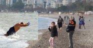 Antalya'da kışın deniz keyfi