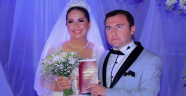 ABD'de tanışıp Kemer'de evlendiler