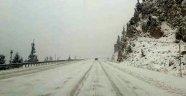 Alacabel'de kar yağışı ve tipi
