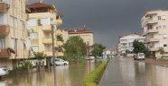 Antalya su altında! (Antalya hava durumu)