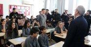 Antalya'da 452 bin öğrencinin karne sevinci
