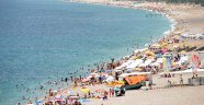 Antalya'da bayramın son günü sahiller doldu