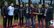 Antalyalı Beşiktaşlılardan, futbolculara turunç reçeli