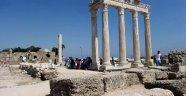 Apollon Tapınağı'nda onarım