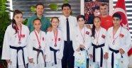 Başarılı sporculardan Gül'e ziyaret