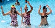 Başkan Gül, Kemer'e 1,5 milyon Rus turist bekliyor