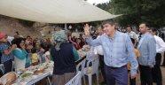 Başkan Türel Yuva'da