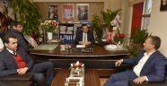 Başkan Uysal, CHP İl Başkanı Kumbul'u ziyaret etti