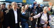 Başkan Uysal Güzeloba Pazarı'nda