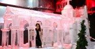 Buzdan heykellere ziyaretçi akını