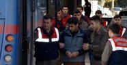 DEAŞ'ın Paris saldırısının keşifçisine yardımdan 2 sanığa 8 yıl 3'er ay hapis