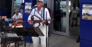 Emekli Kahvesi'nde müzik esintisi