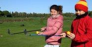 Geleceğin golfçüleri yetişiyor