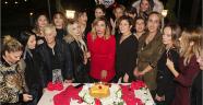 Güzellik merkezi işletmecisine sürpriz kutlama