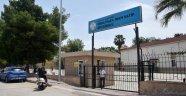 İki okulun Atatürk büstü çalındı