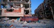 İran'daki depremde bilanço yine arttı: 348 ölü, 6603 yaralı