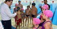 Kepez yüzme kurslarına yoğun katılım