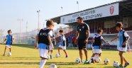 Kepez'in minik futbolcuları eğitimlere başladı
