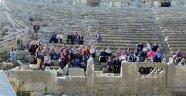 Konyaaltı'ndan Perge'ye 'tarihi' yolculuk
