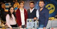 Lise öğrencileri tohum ekme robotu üretti