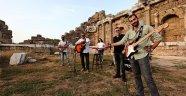 Manavgat'ta Özgür Şarkılar'a klip
