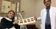 Nakille sağlığına kavuştu, sağlık ekibine ördüğü liflerle teşekkür etti
