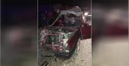Otomobil traktör römorkuna çarptı: 1 ölü, 4 yaralı